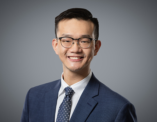 Alvin Yau, Lawyer, WeirFoulds, Private Equity