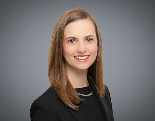 Alyssa Armstrong, Lawyer, WeirFoulds, Professional Self-Regulatory Practice Group