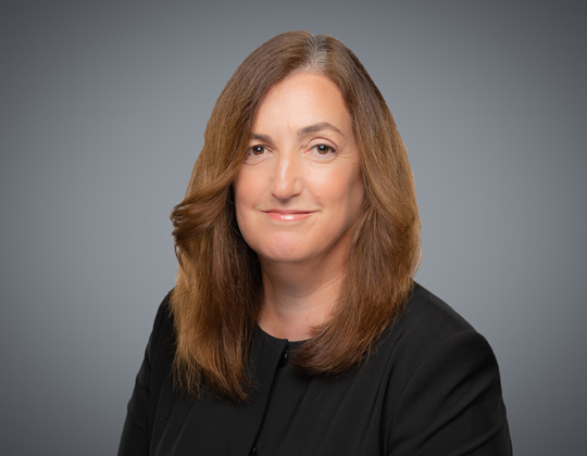 Clare Burns, Lawyer, Litigation Practice, WeirFoulds